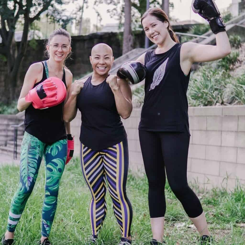 women motivating each other to workout